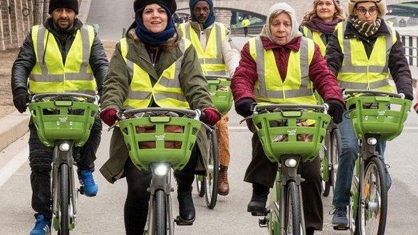 Bild mit Gruppe mit Fahrradfahrern
